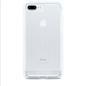 Tech 21 iPhone 7/8+ Case